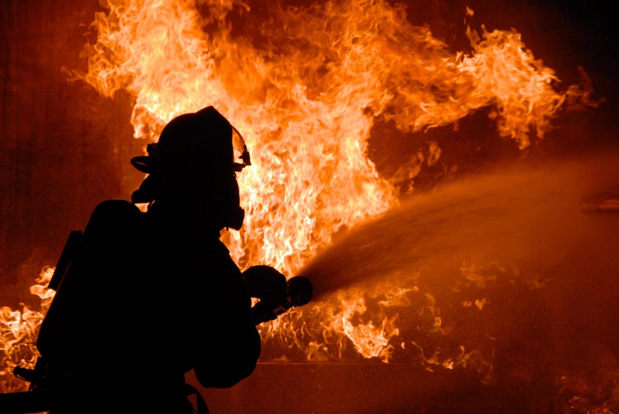 Забайкальские пожарные ликвидировали возгорание жилого двухэтажного дома