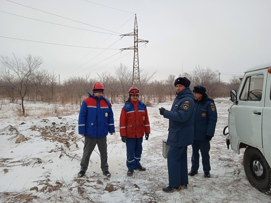 Оперативные группы работают над ликвидацией последствий штормового ветра